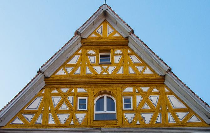 Фасад с имитацией стиля фахверк