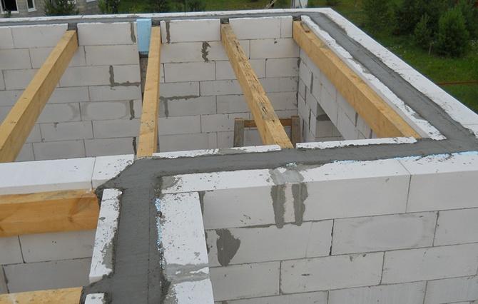 Монтаж деревянных перекрытий